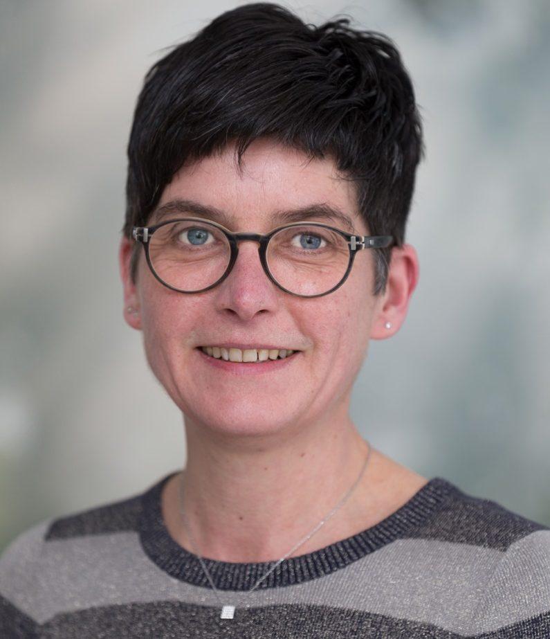 Michaela Pischeli:Geschäftsführung |Pflegedienstleitung |Exam. Krankenschwester